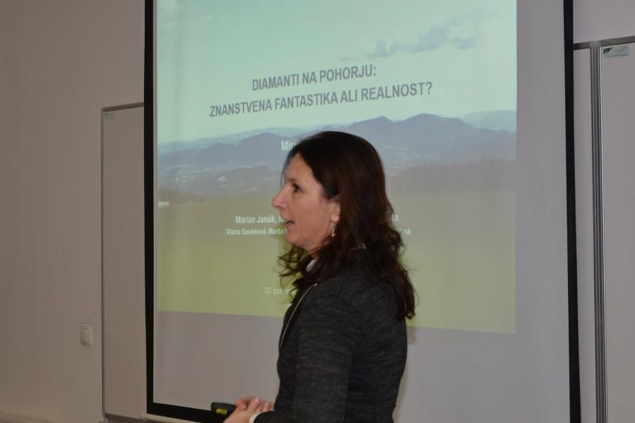 Plenarno predavanje Mirijam Vrabec